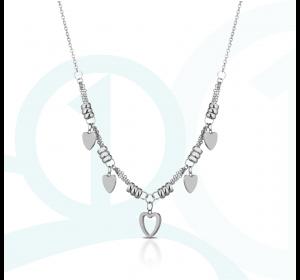 Naszyjnik srebrny z serduszkami ze stali szlachetnej